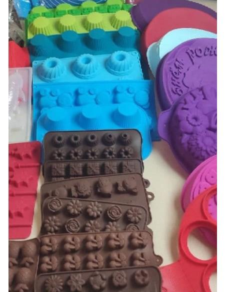 Силиконовые формы для кексов, пирогов и другое.